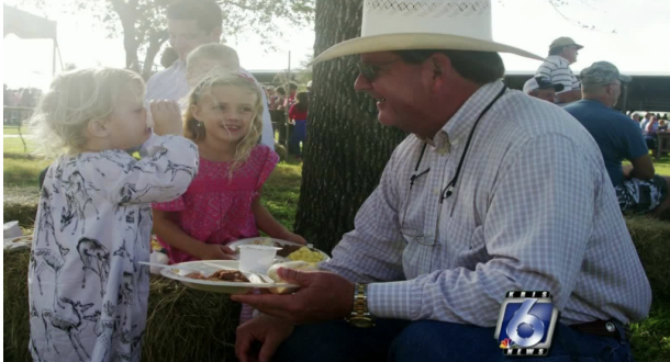 Tree lighting and Ranch Hand Festival this weekend in Kingsville